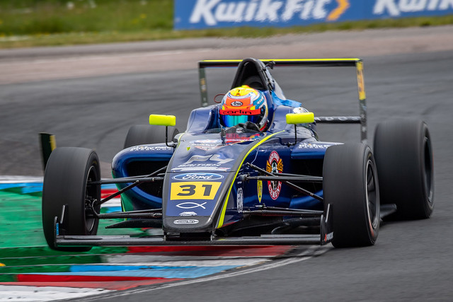Zane Maloney in the Carlin Formula Ford