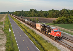 CN 3142 (ET44AC) CN Train: U26171-20 Lake Cormorant, Mississippi