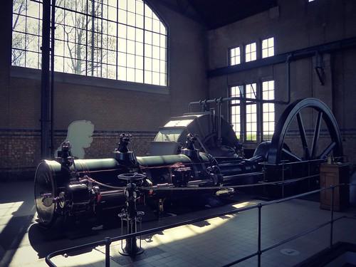 ...steam machine...