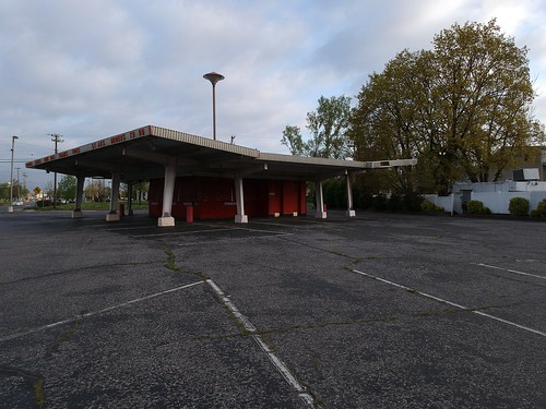 So Long and Thanks For All the Root Beer!  #rootbeer #rootbeerstand. #drivein #closed  #webers. #americana  #daysgoneby.   I fear they are going to tear it down and build an urgent care clinic .