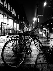 Rainy night on Rue Notre-Dame 2 (Montreal)