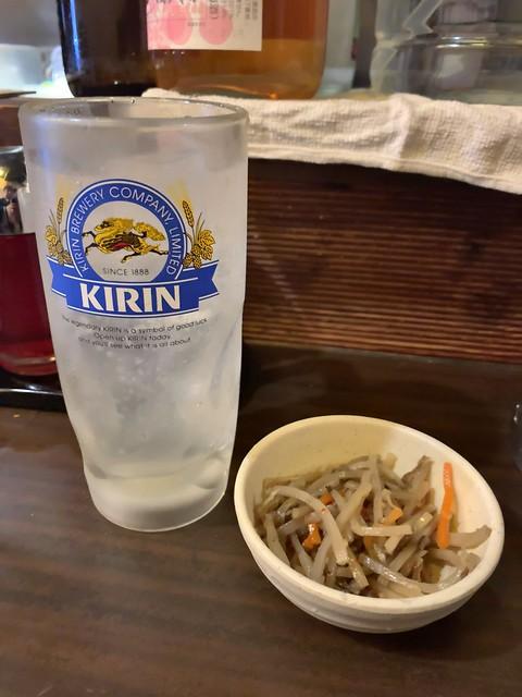 Photo:gyoza, garlic cucumber, sour, and sake at otaya, kanda By nakashi