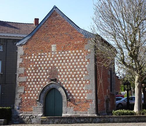 La chapelle au puits, Trivières, Belgique.