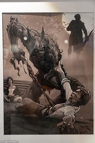 Un loup-garou dans la rue by Pascal Izac