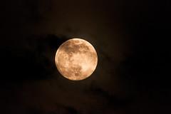 La lune le 18 04 19 21H21