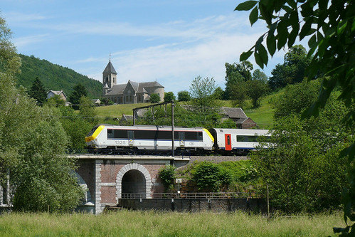 SNCB/NMBS 1335 Goffontaine 13.06.2010