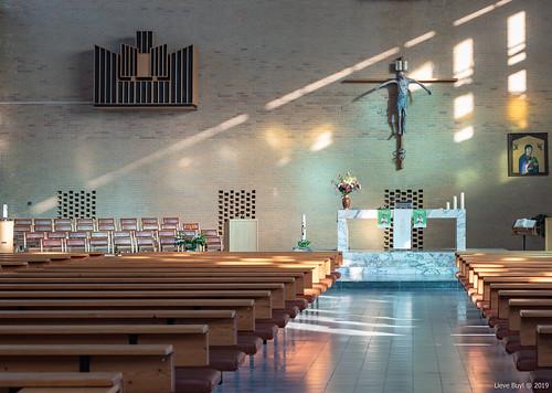 16/52: Religious Buildings
