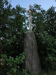 Le petit menhir christianisé de Bel Air à Saint-Just - Ille-et-Vilaine - Septembre 2018 - 03