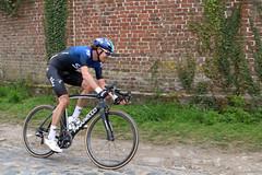 Paris-Roubaix 2019: n°121 Luke Rowe (GBR) Team Sky