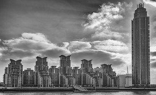 St Georges Wharf Apartments - London