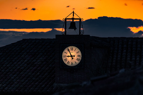 Sunset at the City Hall of Hita ........, Atardecer en el Ayuntamiento de Hita........