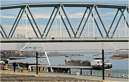 Ponts sur la Waal, Nijmegen, Nederland