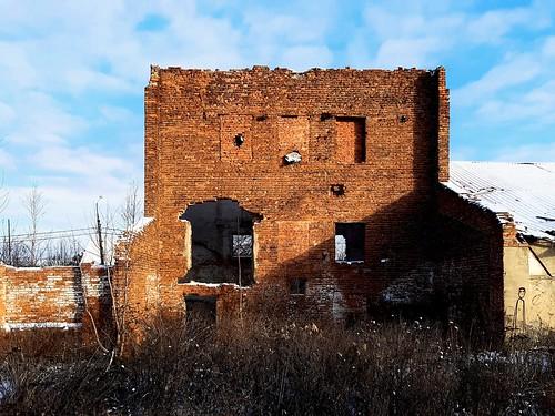 Taldom. Old brick wall_