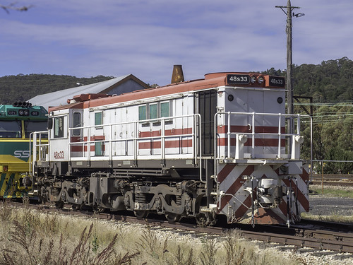 A surprise find - Locomotive 48s33 seen idle in Lithgow NSW