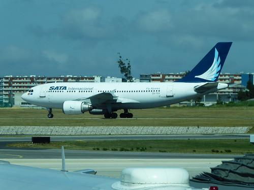 Airbus A310-304 CS-TGV