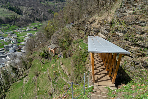 Val Poschiavo: high up (2/4)