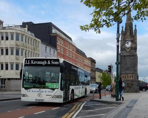 J. J. Kavanagh Mercedes Benz Citaro 05-W-7106 on Route 607 at the Clock Tower, Waterford, on Friday, 26th April, 2019.