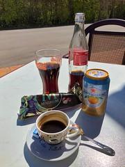 Boxenstop im Cafe de la Vallee