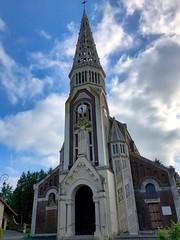 Die Kirche Église Saint-Sulpice von Clastres, Frankreich - Photo of Mennessis