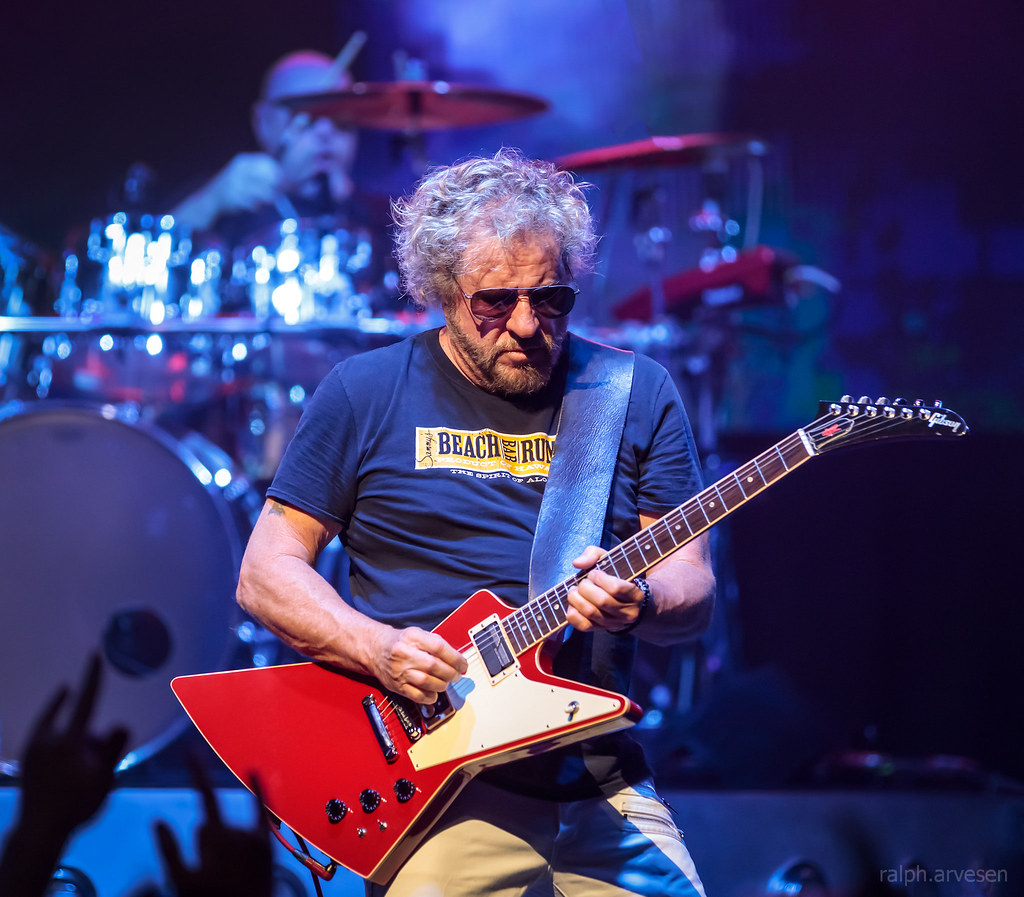 Sammy Hagar / The Circle | Texas Review | Ralph Arvesen
