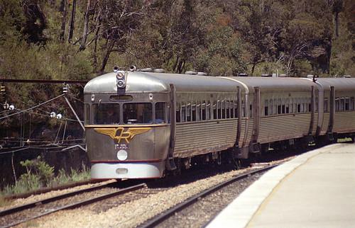 2005_1113ZZR-N6300