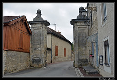 Châtillon-sur-Seine - Porte de la Douix