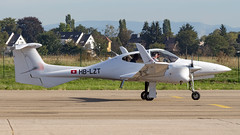 Diamond DA42 NG Twin Star HB-LZT Sundowner AG - Photo of Hangenbieten