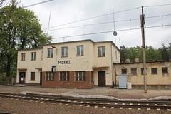 Mokrz train station