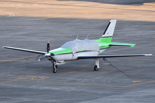 Piper PA46-350P Malibu Mirage 'JA4077'