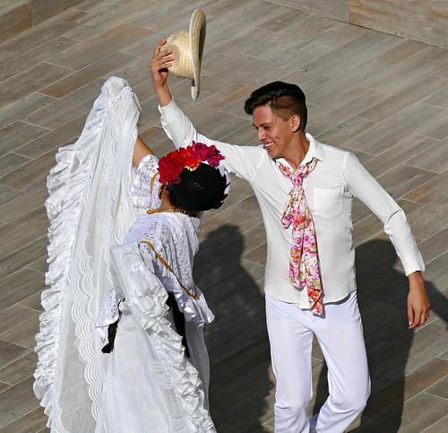 Folklorico Dancers at La Perla