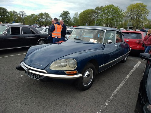 Citroen DS at Cars & Coffee Dundalk.
