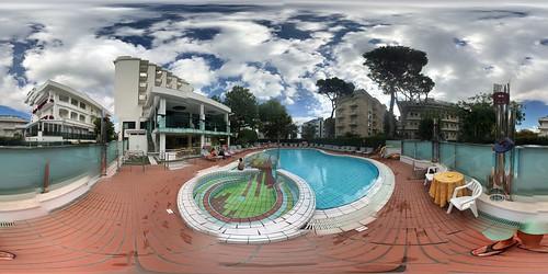 Google Street View 365° by Andrea Speziali