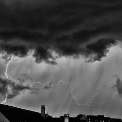 L'éclair de fin de journée - Photo of Gy-l'Évêque