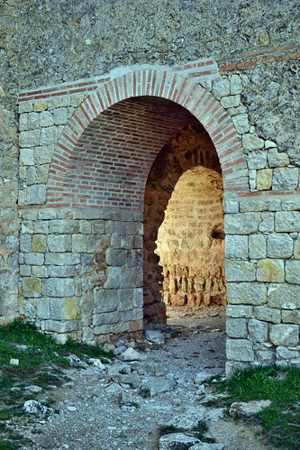 Puerta del alcazar de la fortaleza (Gormaz)