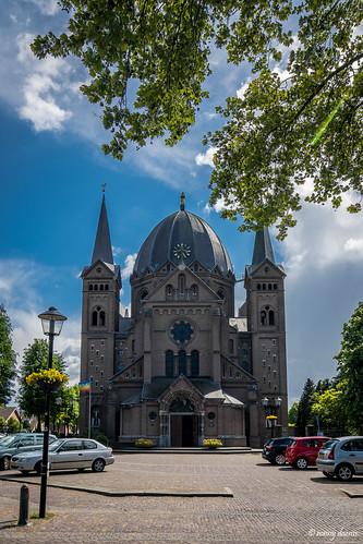 Lierop, Heilige Naam Jezuskerk.