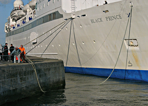 L1090214 - Fred. Olsen Lines - BLACK PRINCE - Cobh - Port of Cork - County Cork - Eire - August 03, 2004