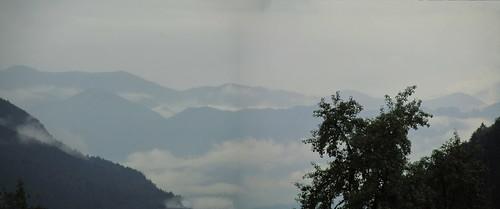 20110908 23 190 Jakobus Berge Wolken Wald_P01