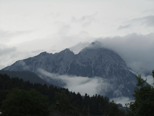 20110908 23 104 Jakobus Wolken Berg Wald