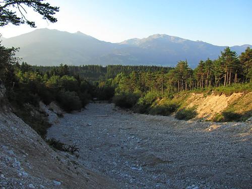 20110911 26 018 Jakobus Berge Wald ausgetrocknetes Flußbett