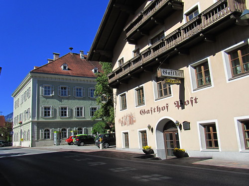 20110913 28 249 Jakobus Straße Hausfassade Fenster Balkon