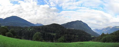 20110914 29 024 Jakobus Berge Wolken Wald Wiese_P01