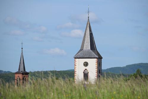 Les deux clochers