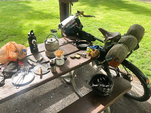 Breakfast in a city park. Prineville. (See description for more)