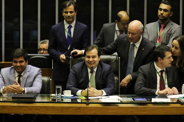 Texto aprovado tinha modificações realizadas em comissão mista - Créditos: Rodrigues Pozzebom | Agência Brasil