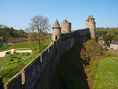 Vista de la muralla (Castillo de Fougéres) - Photo of Beaucé