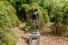 DANCER GIRL BY OISIN KELLY [PUBLIC ART LOCATED IN FITZGERALD PARK IN CORK]-152621