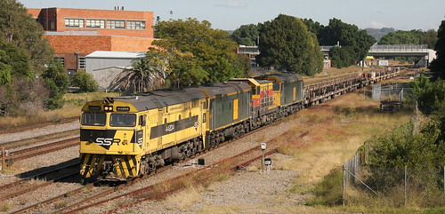 44204 + 442s1 + 4911 & 442s5 SSR #3476 EMPTY RAILSET PORT WARATAH BRANCH. 18th May 2019.