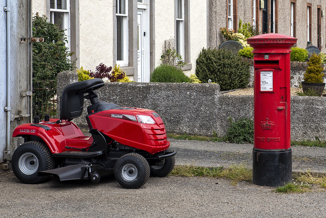 Post Box, Glenside Tractors Limited, Millknowe Road, Campbeltown