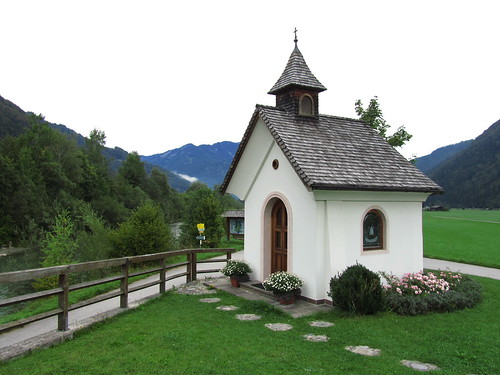 20110907 22 133 Jakobus Kapelle Bild Weg Wiese