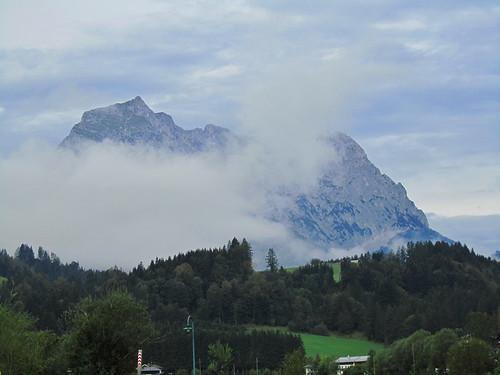 20110907 22 139 Jakobus Berg Wolken Wald